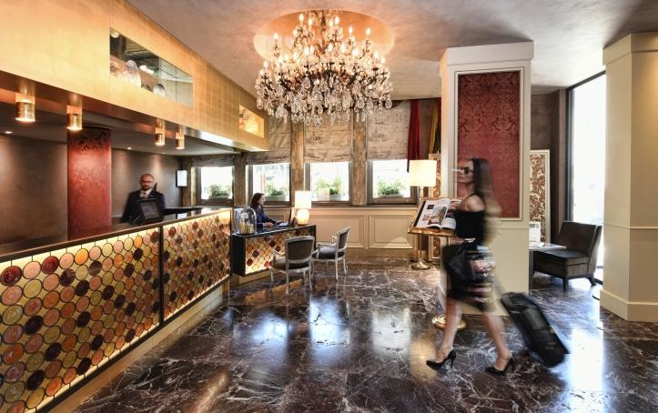 Hotel Papadopoli Venezia MGallery by Sofitel 1.jpg
