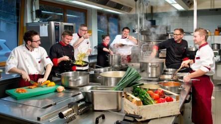 thumbnail_Staff cucina b - Alpenschlossl & Linderhof.jpg