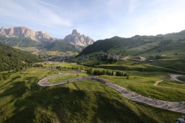 thumbnail_Maratona dles Dolomites_by Freddy Planinschek (2) (Large).jpg