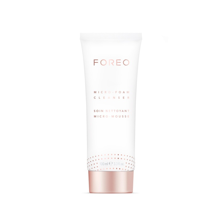 FOREO_Cleanser100ml_Tube_TRANSPARENT.jpg